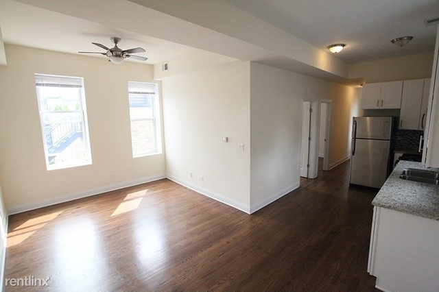 3 Bedrooms, West Town Rental in Chicago, IL for $2,100 - Photo 2