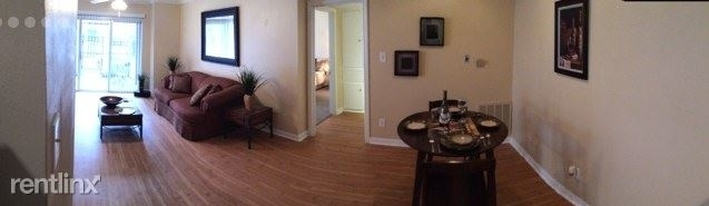 1 Bedroom, Great Uptown Rental in Houston for $880 - Photo 2