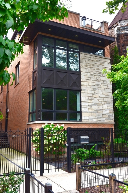 4 Bedrooms, West Town Rental in Chicago, IL for $6,500 - Photo 1