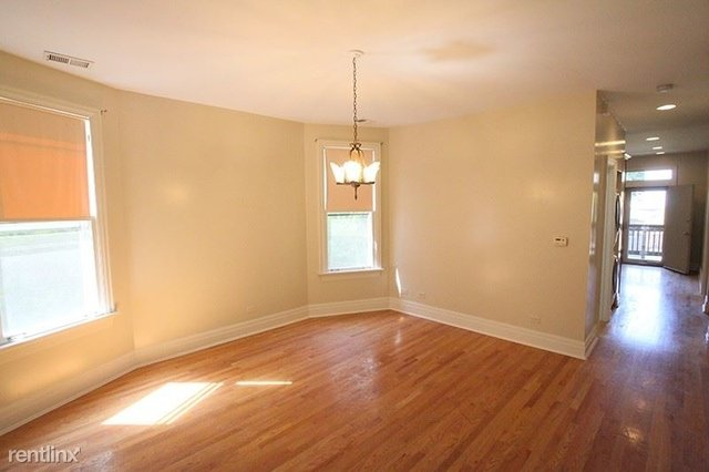 3 Bedrooms, Logan Square Rental in Chicago, IL for $1,775 - Photo 2