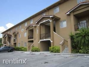 3 Bedrooms, Tuscan Lakes Villas Rental in Miami, FL for $1,800 - Photo 2