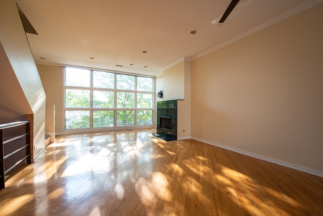 3 Bedrooms, Lakeview Rental in Chicago, IL for $3,900 - Photo 2