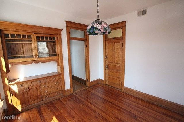2 Bedrooms, West Town Rental in Chicago, IL for $1,500 - Photo 2