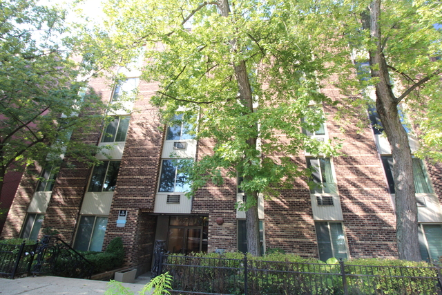 1 Bedroom, Lincoln Park Rental in Chicago, IL for $1,700 - Photo 2