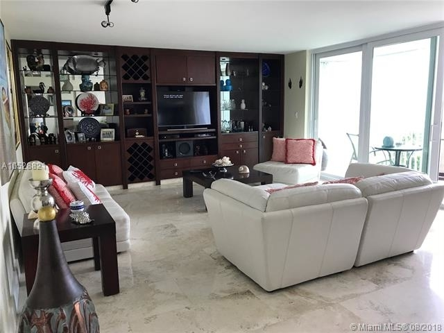 2 Bedrooms, Sands of Key Biscayne Rental in Miami, FL for $5,000 - Photo 1