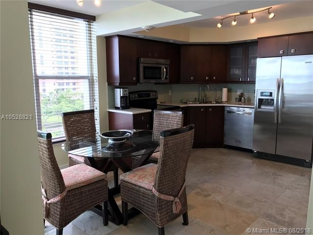 2 Bedrooms, Sands of Key Biscayne Rental in Miami, FL for $5,000 - Photo 2