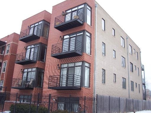 3 Bedrooms, Woodlawn Rental in Chicago, IL for $1,850 - Photo 1