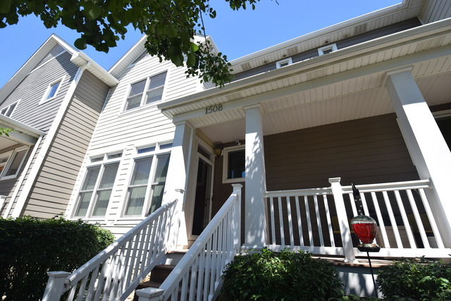 2 Bedrooms, Calumet Rental in Chicago, IL for $1,700 - Photo 1