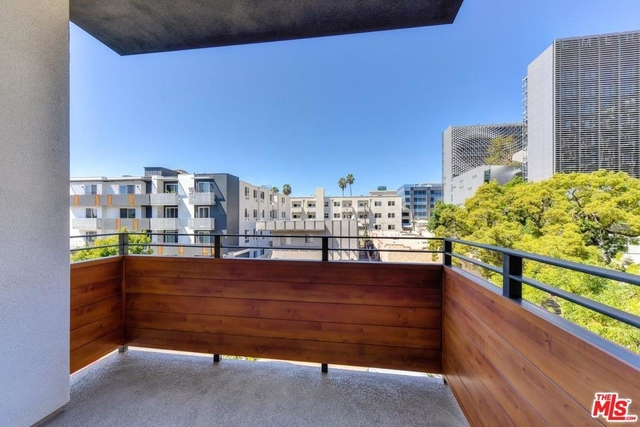 1 Bedroom, Hollywood Studio District Rental in Los Angeles, CA for $2,457 - Photo 1