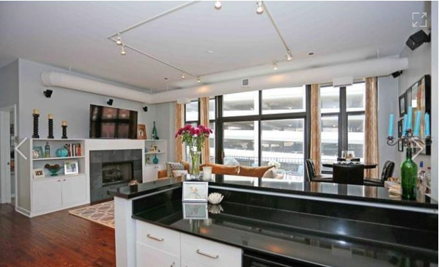 2 Bedrooms, River North Rental in Chicago, IL for $3,100 - Photo 2