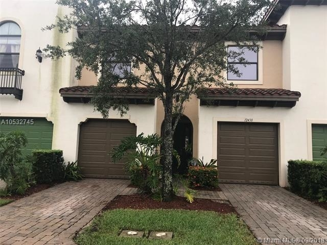 3 Bedrooms, Sawgrass Lakes Rental in Miami, FL for $2,400 - Photo 1