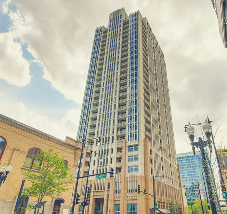 2 Bedrooms, South Loop Rental in Chicago, IL for $2,595 - Photo 1