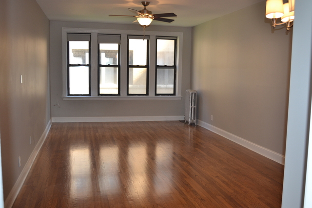 2 Bedrooms, East Hyde Park Rental in Chicago, IL for $1,500 - Photo 2
