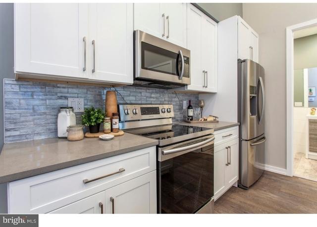 3 Bedrooms, Bella Vista - Southwark Rental in Philadelphia, PA for $2,650 - Photo 2