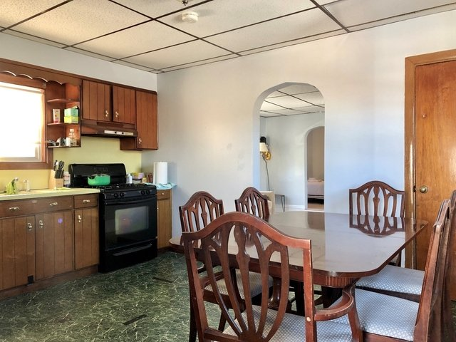 4 Bedrooms, East Somerville Rental in Boston, MA for $2,900 - Photo 2