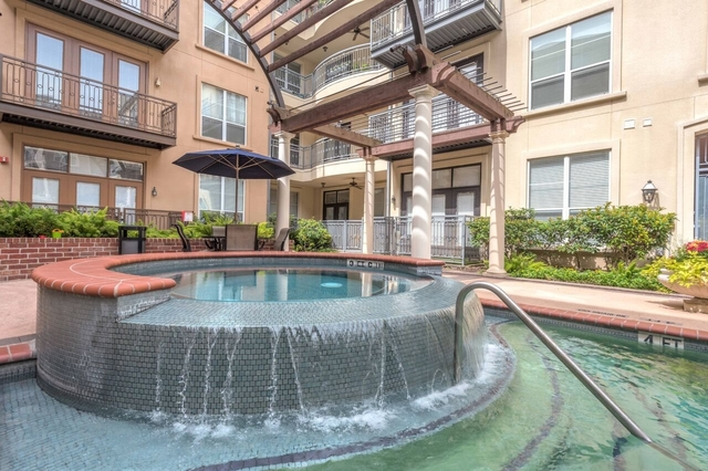 2 Bedrooms, Oak Lane Condominiums Rental in Houston for $1,811 - Photo 1