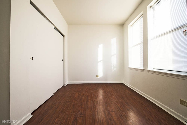 2 Bedrooms, South Shore Rental in Chicago, IL for $815 - Photo 1
