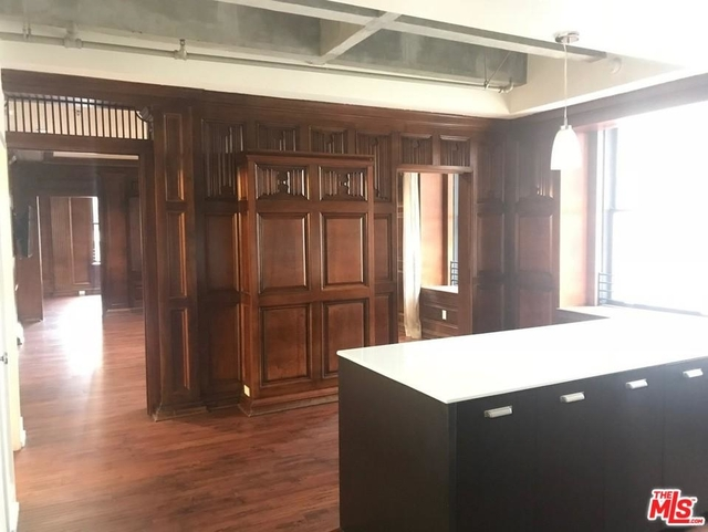 2 Bedrooms, Financial District Rental in Los Angeles, CA for $5,078 - Photo 1