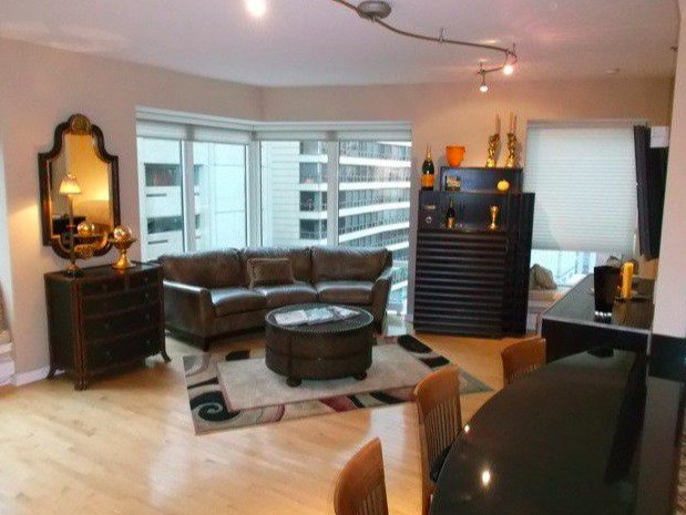 1 Bedroom, Gold Coast Rental in Chicago, IL for $2,600 - Photo 2