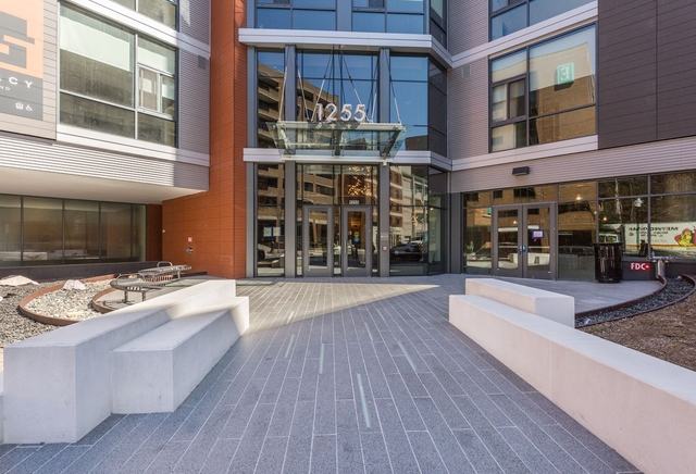 2 Bedrooms, West End Rental in Washington, DC for $4,635 - Photo 2