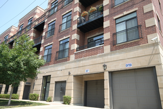 3 Bedrooms, Ravenswood Rental in Chicago, IL for $2,039 - Photo 1