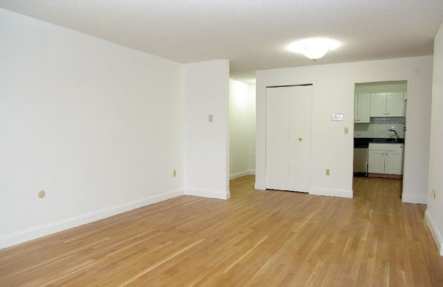 2 Bedrooms, Oak Square Rental in Boston, MA for $2,100 - Photo 2