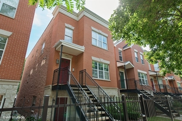 2 Bedrooms, Old Town Rental in Chicago, IL for $2,300 - Photo 1