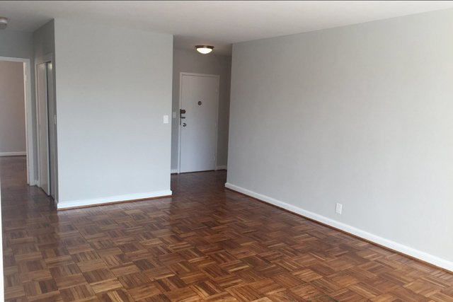 2 Bedrooms, Woodley Park Rental in Washington, DC for $2,489 - Photo 2
