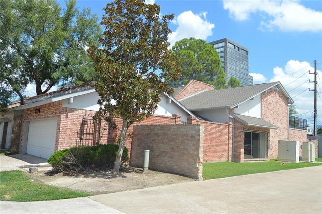 3 Bedrooms, Energy Corridor Rental in Houston for $2,550 - Photo 1