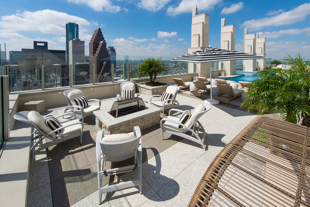 2 Bedrooms, Downtown Houston Rental in Houston for $3,421 - Photo 1