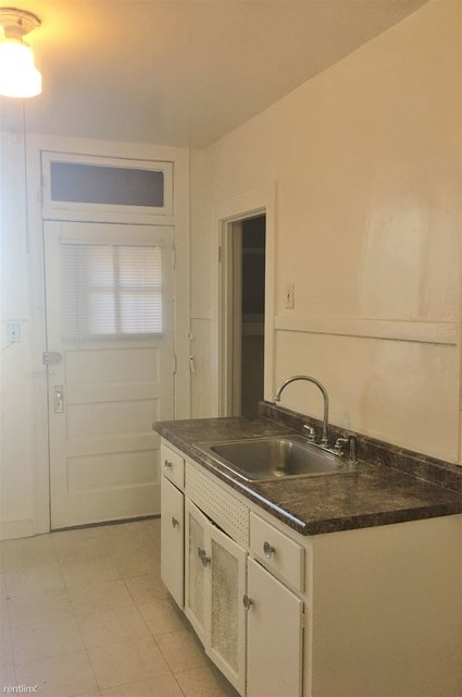 2 Bedrooms, Rogers Park Rental in Chicago, IL for $1,175 - Photo 1