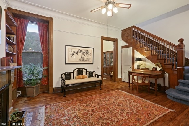 5 Bedrooms, Lincoln Park Rental in Chicago, IL for $3,850 - Photo 2