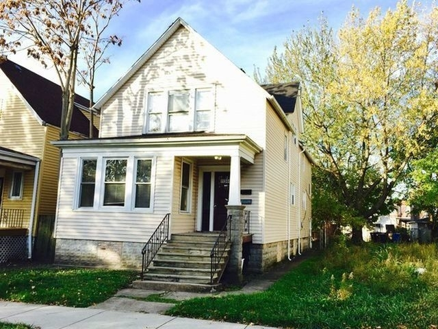 2 Bedrooms, Roseland Rental in Chicago, IL for $1,075 - Photo 1