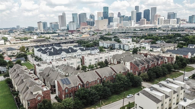 3 Bedrooms, Hutchins Street Square Rental in Houston for $2,200 - Photo 1