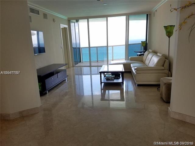 3 Bedrooms, Golden Shores Ocean Boulevard Estates Rental in Miami, FL for $5,299 - Photo 2
