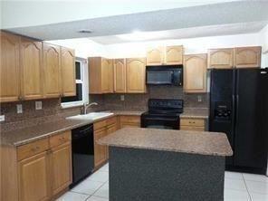 3 Bedrooms, Coral Springs Rental in Miami, FL for $1,750 - Photo 1