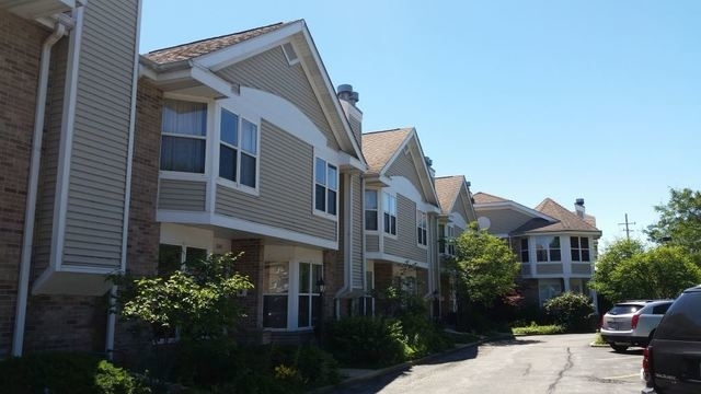 2 Bedrooms, Evanston Rental in Chicago, IL for $1,975 - Photo 2