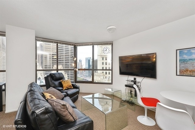 Studio, Near North Side Rental in Chicago, IL for $1,700 - Photo 2