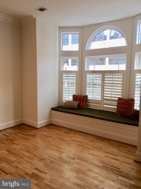 2 Bedrooms, Connecticut Avenue - K Street Rental in Washington, DC for $4,800 - Photo 2