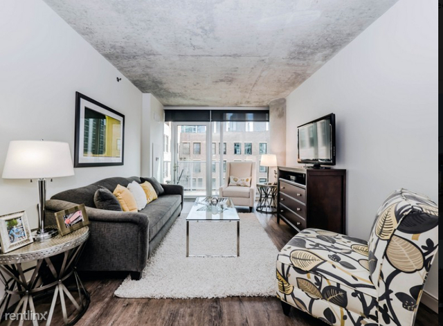 1 Bedroom, Greektown Rental in Chicago, IL for $2,100 - Photo 1