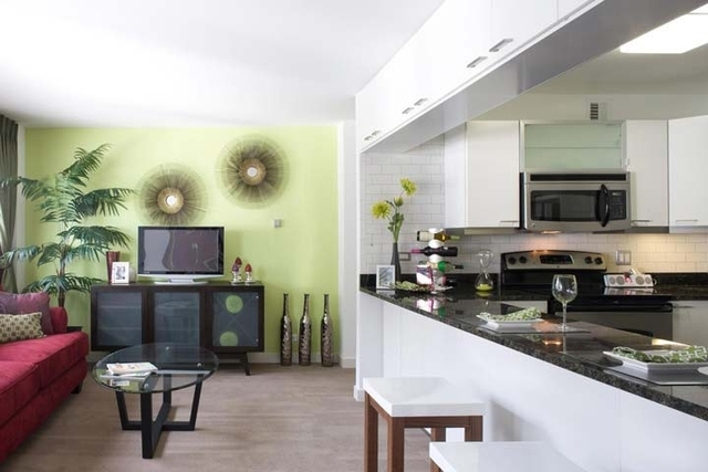 1 Bedroom, East Hyde Park Rental in Chicago, IL for $1,449 - Photo 2