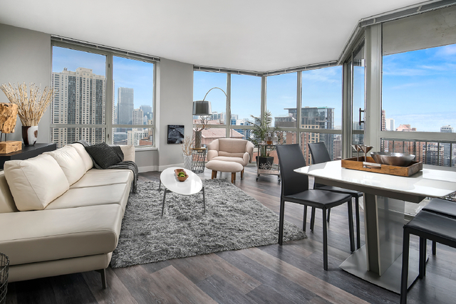 1 Bedroom, Gold Coast Rental in Chicago, IL for $2,475 - Photo 2