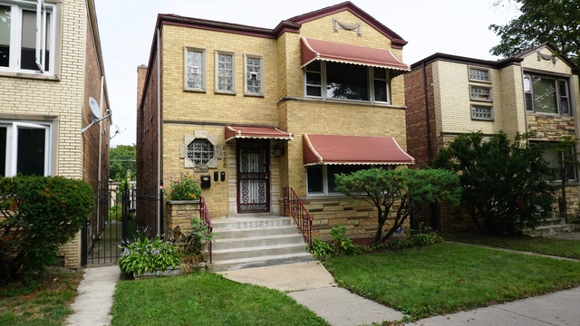 3 Bedrooms, South Chicago Rental in Chicago, IL for $1,200 - Photo 1