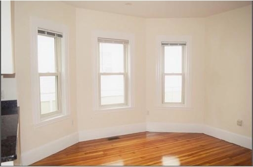 3 Bedrooms, Linden Rental in Boston, MA for $2,500 - Photo 2