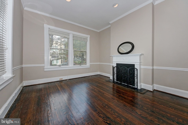 2 Bedrooms, East Village Rental in Washington, DC for $3,750 - Photo 2