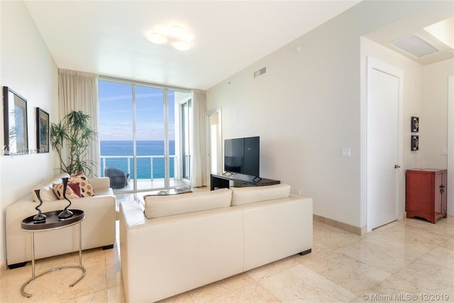 3 Bedrooms, Tatum's Ocean Beach Park Rental in Miami, FL for $10,000 - Photo 1