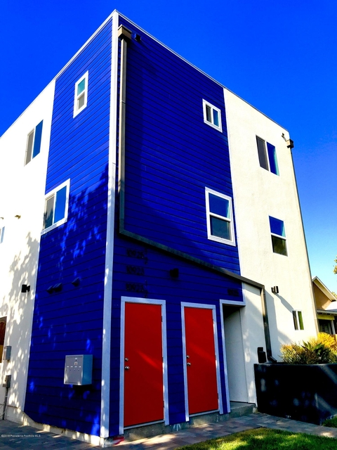 3 Bedrooms, NoHo Arts District Rental in Los Angeles, CA for $3,300 - Photo 1