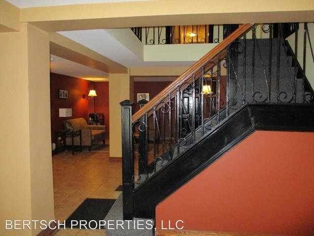 2 Bedrooms, Uptown Rental in Chicago, IL for $1,525 - Photo 2