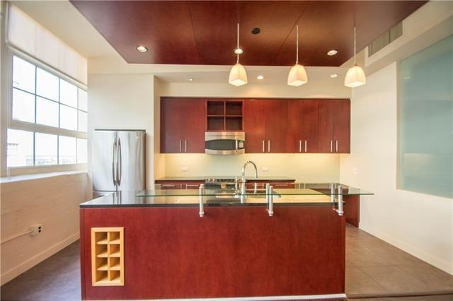 2 Bedrooms, Tarrant County Rental in Dallas for $2,200 - Photo 2
