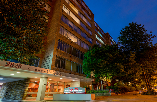 2 Bedrooms, Woodley Park Rental in Washington, DC for $2,949 - Photo 1